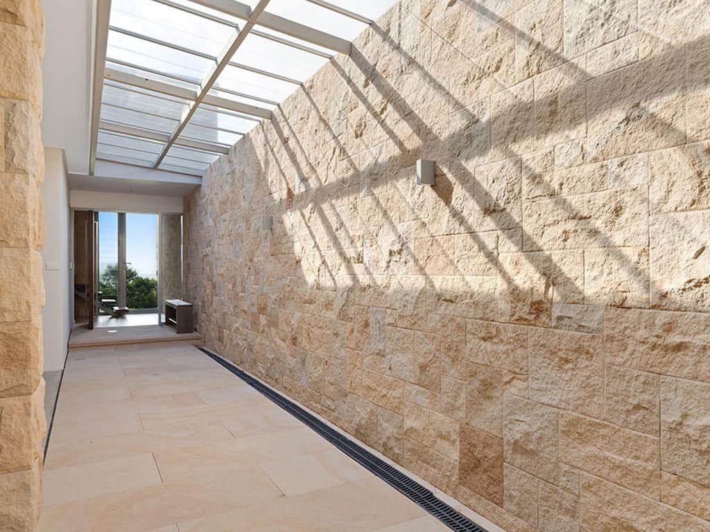 kerr st sandstone split walling